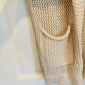 Long GAP sweater